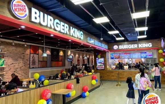 Бургер Кинг 12 дахь салбараа Хан-Уул дүүрэгт байрлах И-Март худалдааны төвд нээлээ