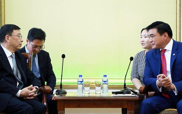 БНХАУ-ын Төвдийн өөртөө засах орны орлогч даргыг хүлээн авч уулзав