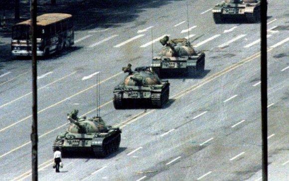 """""""Хүн танк""""-ны зургийг буулгасан зурагчин таалал төгсчээ"""