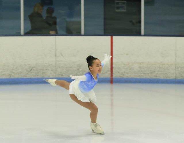 Монгол тамирчин О.Ивээл охин бэлтгэлээ хийж байгаа гэв