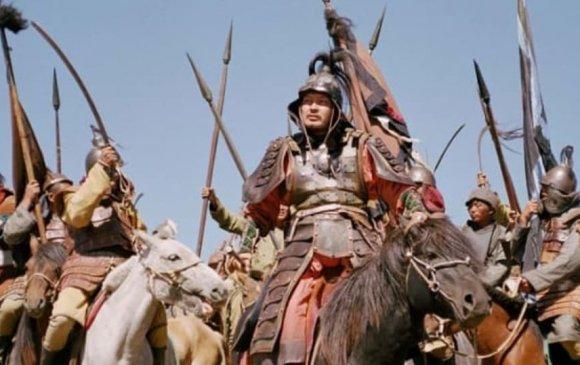 Чингис хаан 40 сая хүнийг хөнөөж нүүрсхүчлийн хийг ихээр бууруулсан