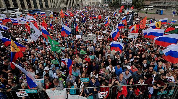 Москвагийн жагсагчид шударга сонгууль явуулахыг шаардав