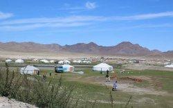 """""""Хоггүй цэвэрхэн Монгол"""" аянд төр, хувийн хэвшил, иргэдийн төлөөлөл нэгдсээр байна"""
