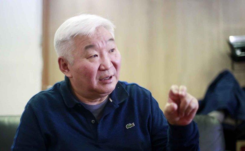 Э.Бат-Үүл: Путинизмыг Монголд оруулж ирээд байна