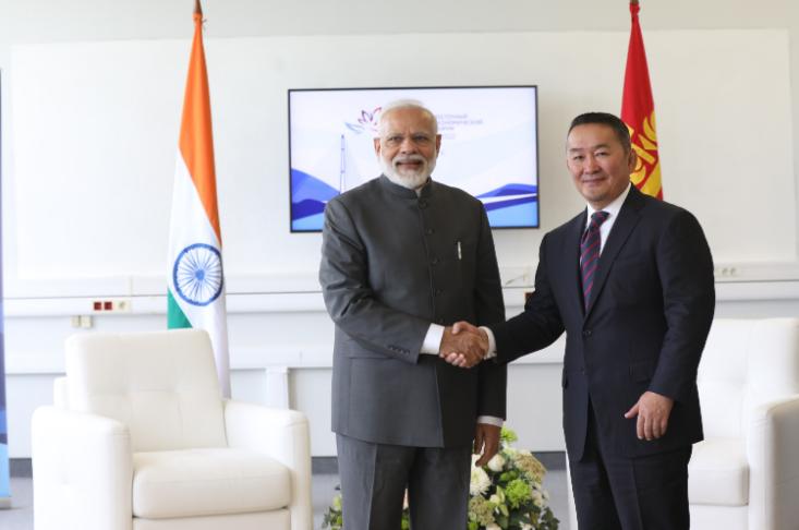 Ерөнхийлөгч Энэтхэгийн Ерөнхий сайд Нарендра Модитой уулзжээ