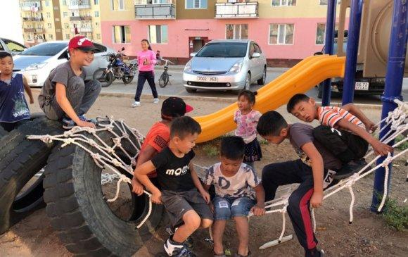 Тайваньчууд Чойр хотод хүүхдийн эко тоглоомын талбай байгуулж байна