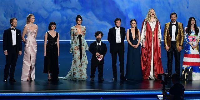 """game-of-thrones-getty-emmys """"Emmy awards 2019""""  эргэн тойронд"""