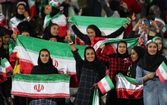 Иран эмэгтэйчүүд хөлбөмбөг үзэх эрхтэй болжээ