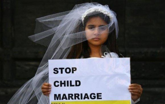 Индонез бага насны охидын гэрлэлтийг хориглолоо