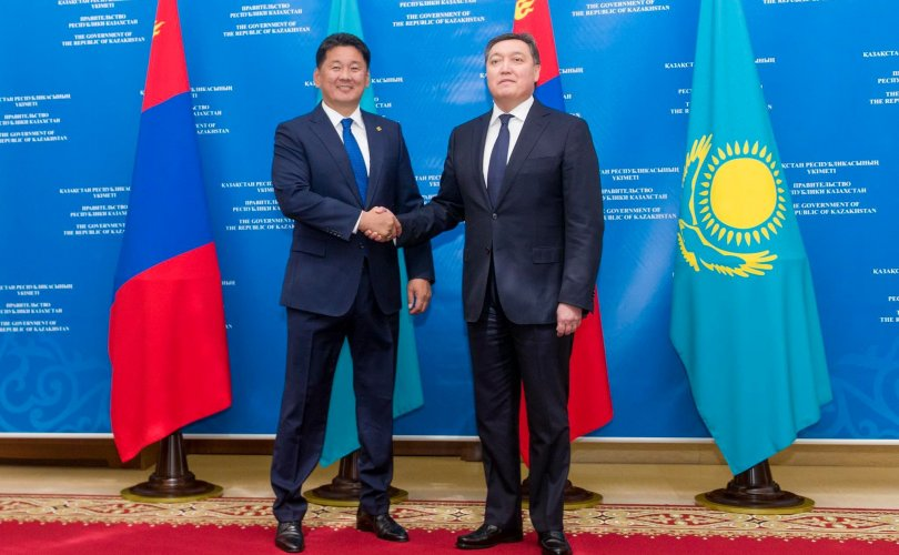 Айлчлал: Хоёр улсын харилцааг шинэ шатанд гаргах баримт бичгүүдэд гарын үсэг зурлаа