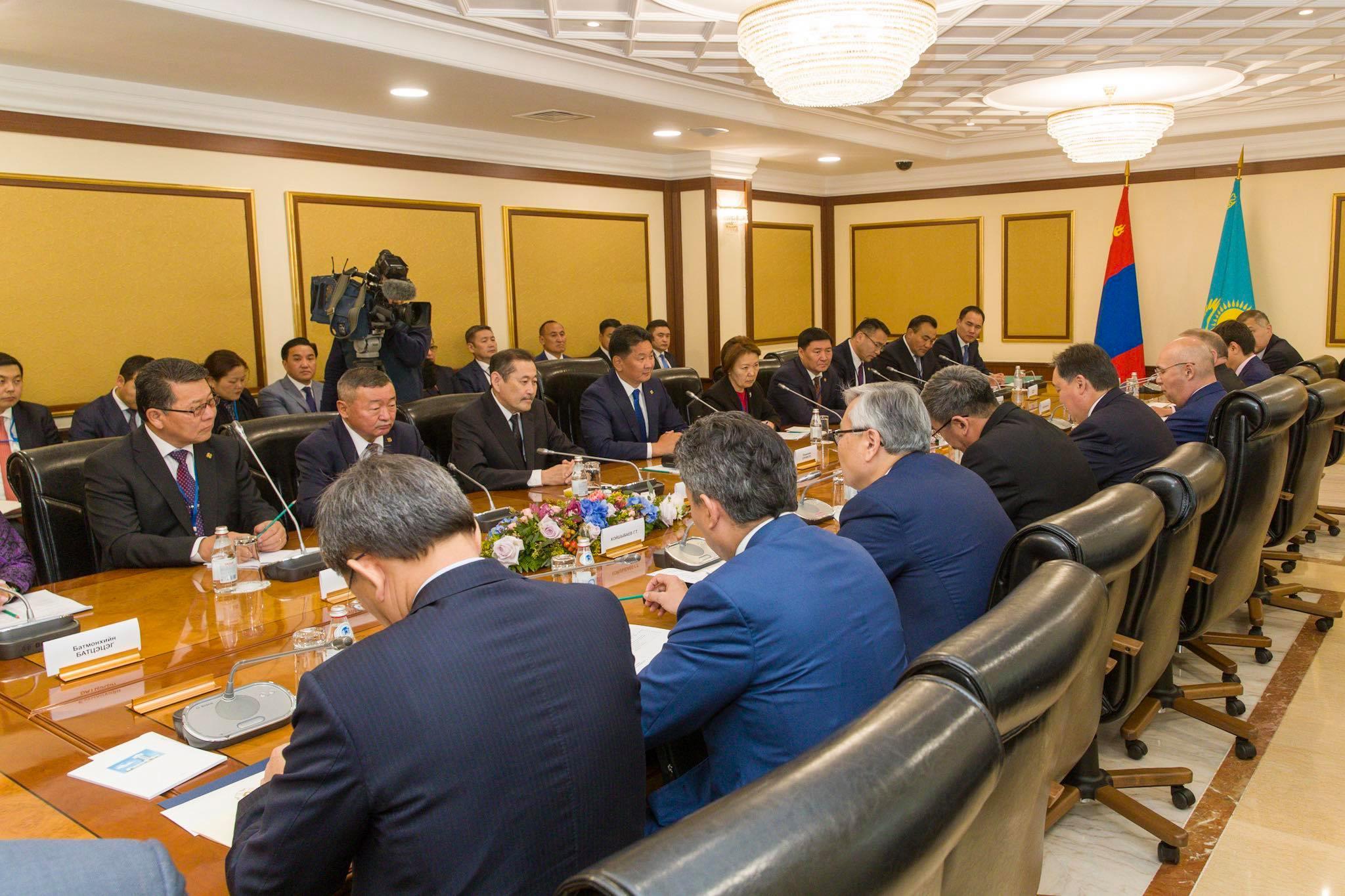 У.Хүрэлсүх Казахстан (3)