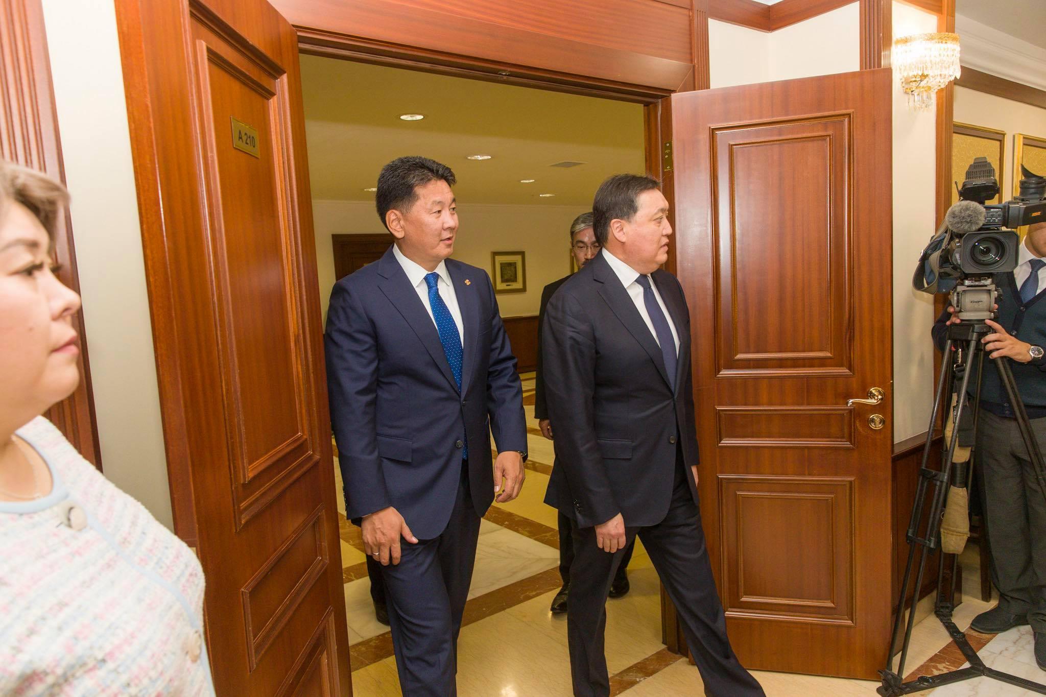 У.Хүрэлсүх Казахстан (6)