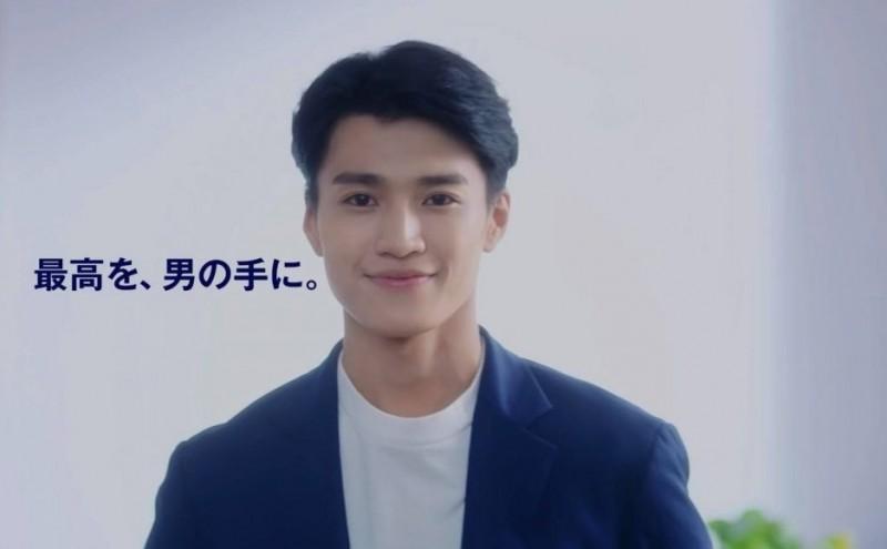 """Монгол залуу анх удаа """"Gillete""""-ийн рекламд  тогложээ"""