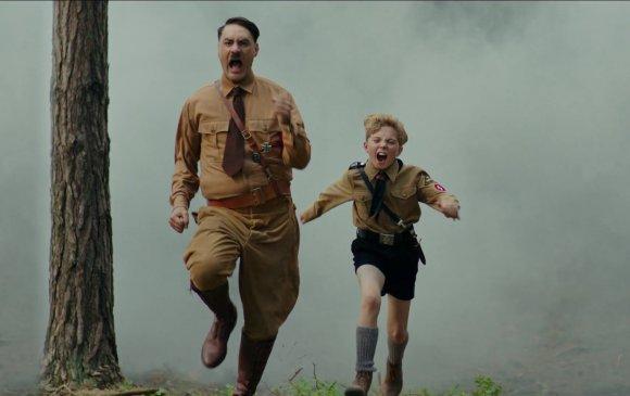 "Адольф Гитлер ""төрөл арилжив"""