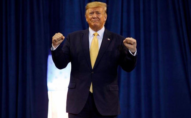 Трамп: АНУ БНХАУ-тай зарчмын хувьд тохиролцоонд хүрлээ
