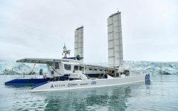 Дэлхийн анхны устөрөгчийн хөдөлгүүртэй усан онгоц амжилттай аялж байна