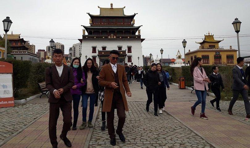 Аялал жуулчлалын өдрөөр хотын аялал зохион байгууллаа