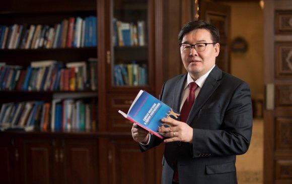 УИХ-ын дарга Монголын багш нарт мэндчилгээ дэвшүүллээ