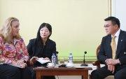С.Амарсайхан Дэлхийн банкны зөвлөх багийн гишүүдийг хүлээн авч уулзлаа