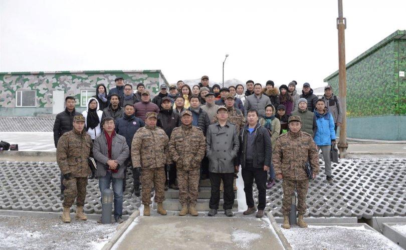 """Тамгын газрын ажилтнууд """"Цэрэг-стратегийн бэлтгэл"""" сургалт, дадлагад хамрагдлаа"""