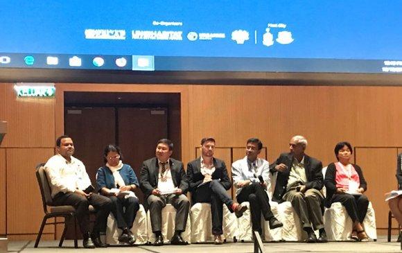 Ази, Номхон далайн бүс нутгийн хотуудын 7 дахь удаагийн форумд оролцов