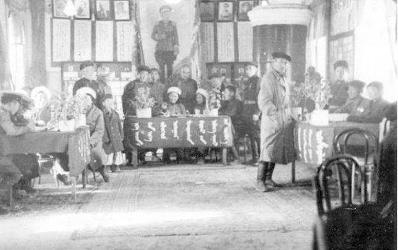 БНМАУ-ын тусгаар тогтнолын тухай бүх ард түмний санал хураалт явагдав /1945.10.20/