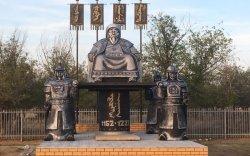 Халимагт Чингис хааны хөшөөг босгожээ