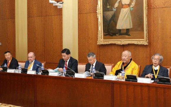 """""""Богд хаан 150: Түүх, соёл, өв"""" сэдэвт олон улсын эрдэм шинжилгээний хурал болж байна"""