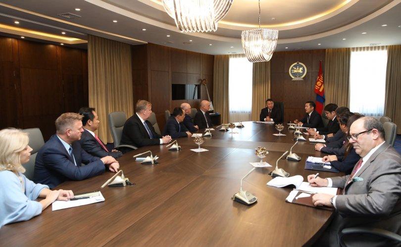 Ерөнхийлөгч АНУ-ын Худалдааны яамны төлөөлөгчдийг хүлээн авч уулзлаа