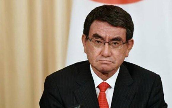 Японы Батлан хамгаалахын сайд Коно Таро уучлалт хүсэв