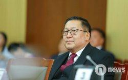 Монголбанкны ерөнхийлөгчийг үндэслэлгүй огцруулахаар ярьж байна