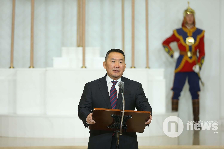 Чингис хаан одон (8)