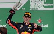 Red Bull -н Нидерланд нисгэгч Бразилд түрүүллээ