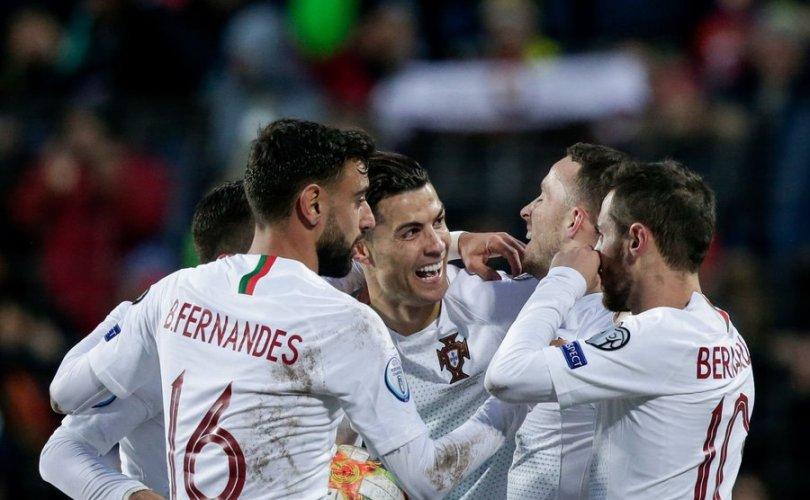 Португалын шигшээ баг Европын аваргын эрхээ авлаа