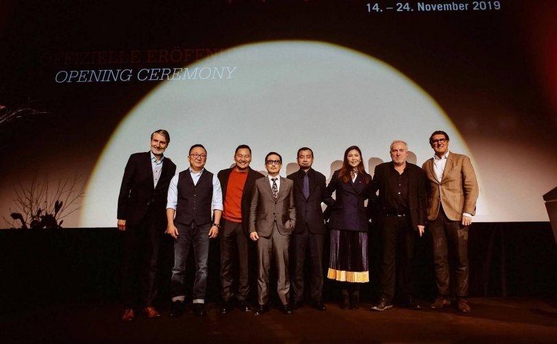 """""""Хөх тэнгэрийн хязгаарт"""" кино Германд болж буй ОУ-ын наадмын үеэр нээлтээ хийлээ"""