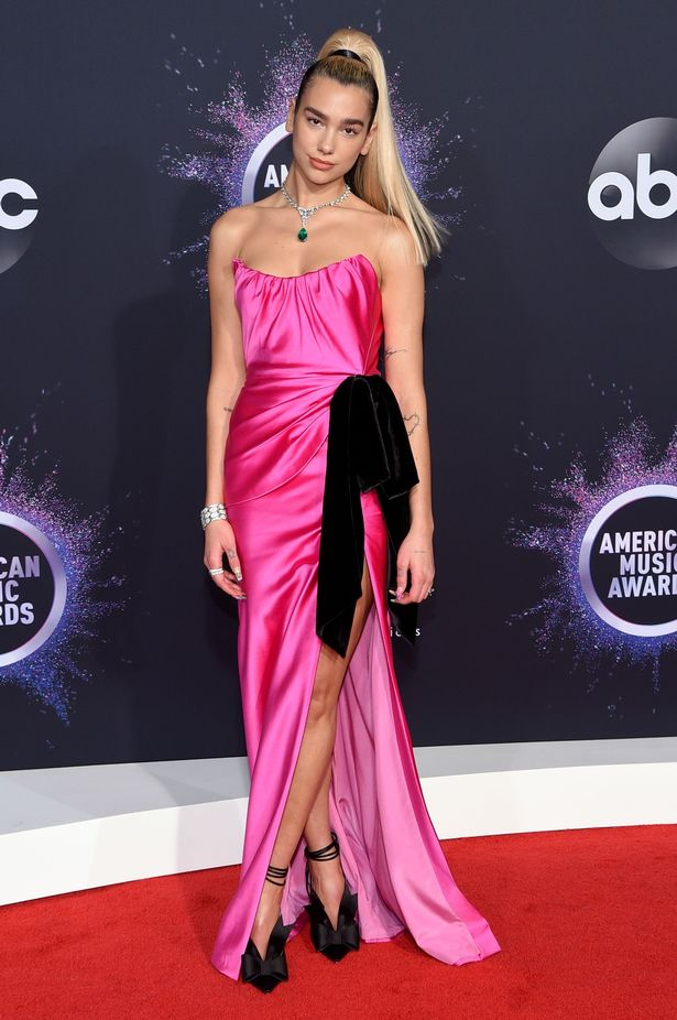 0_47th-Annual-American-Music-Awards-Arrivals-Microsoft-Theater-Los-Angeles-USA-24-Nov-2019