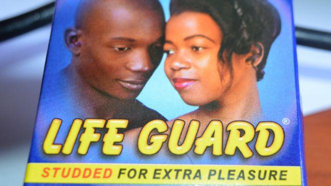 Угандаас нэг сая гаруй чанаргүй бэлгэвчийг эргүүлэн татжээ