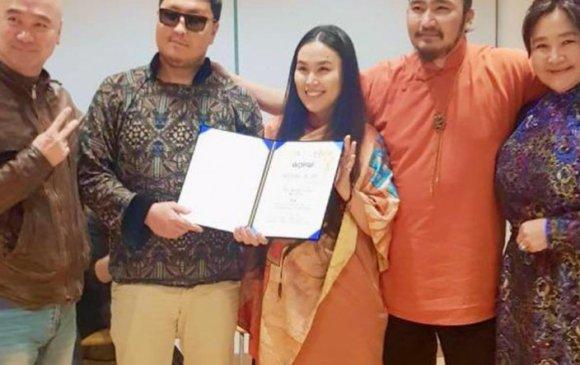 УДЭТ-ын залуу хос олон улсын фестивальд шагналт байр эзэлжээ