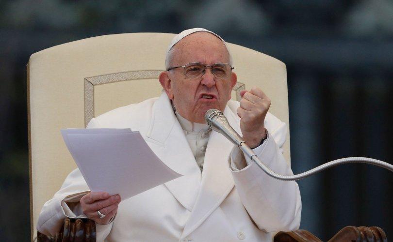 Пап лам байгаль бохирдуулахыг гэмт хэрэг хэмээн хуульчлахыг уриаллаа