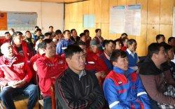 Сургуулийн автобусны үйлчилгээнд явж буй жолооч нарт сургалт зохион байгууллаа