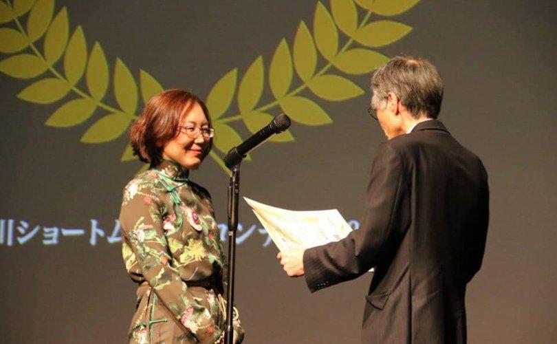 Монгол найруулагч Японы кино наадмаас тусгай шагнал хүртлээ