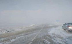 Орон нутгийн зам цас ихтэй, халтиргаа гулгаатай байна