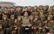 Ким Жон Ун агаарын цэргийн сургуулилалтыг биечлэн хянажээ