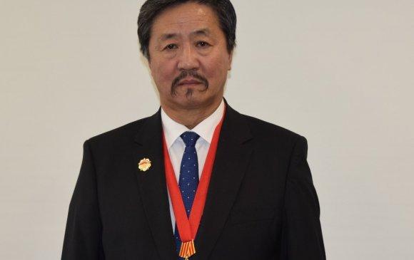 Академич Т.Ган-Эрдэнэ БНХАУ-ын Найрамдал шагналаар шагнагджээ