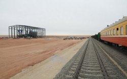 Экспортын шинэ гарц нээх төмөр замын эхлэл Алтанширээ суманд ашиглалтад орлоо
