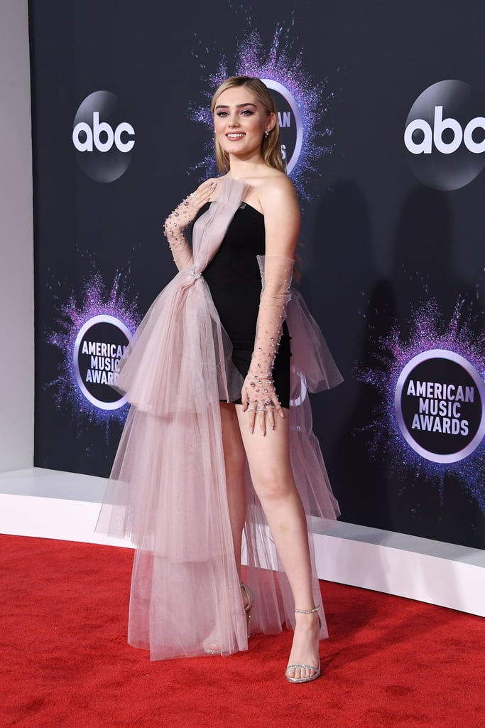 Meg-Donnelly-at-2019-American-Music-Awards