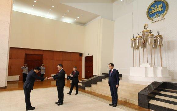 Монгол Улсад суух Элчин сайд Ли Ё Хун Итгэмжлэх жуух бичгээ өргөн барилаа