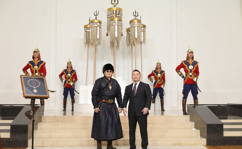Х.Баттулга: Монголын дуу бол морьтон ардын сэтгэлийн уянга