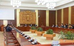 ЭЗБХ: Монголбанкны ерөнхийлөгч, Санхүүгийн зохицуулах хорооны даргыг үүрэгт ажлаас чөлөөлөхийг дэмжив