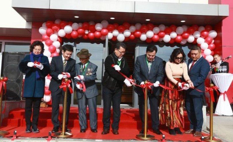 """Монгол технологиор Монголд үйлдвэрлэдэг """"Газар шим""""-ийн шинэ үйлдвэрийн цогцолбор нээлтээ хийлээ"""